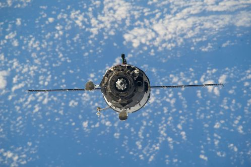 Soyuz_TMA-12M_approaches_the_station